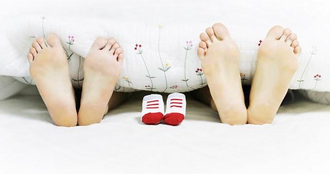 パパとママの足